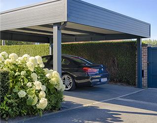 carport avec voiture